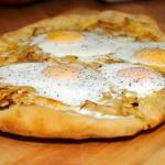 EggOnionsPizza02