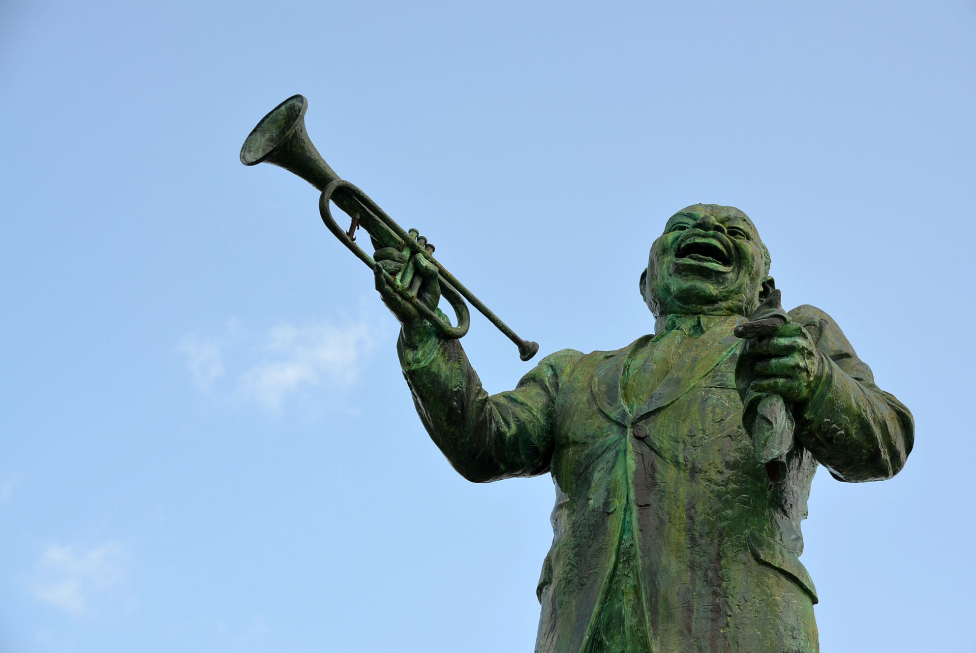 Louis Armstrong sculpture